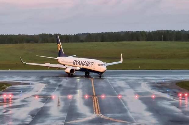 В Кремле не стали давать оценку инциденту с самолетом Ryanair в Минске
