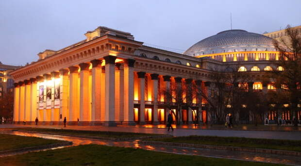 Новосибирский оперный театр поставит «Собор Парижской Богоматери» за 54 тысячи евро