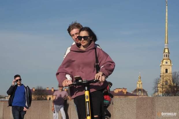 Если ваш рабочий вторник не такой, то вы пропустили самый жаркий день весны в Петербурге