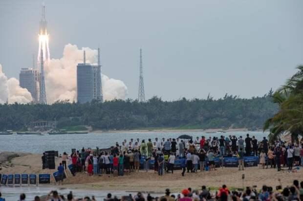 Роскосмос: Вторая ступень китайской ракеты может войти в атмосферу 9 мая
