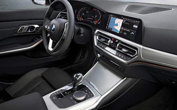 Новый BMW 1-й серии получит ношеный салон