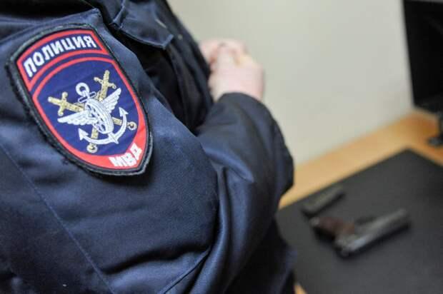 На улице Клары Цеткин полиция задержала работника-прогульщика