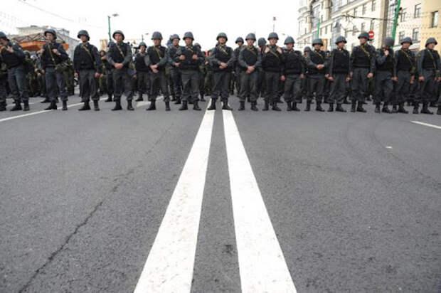 Политикой в России научились управлять лучше, чем экономикой – мнение