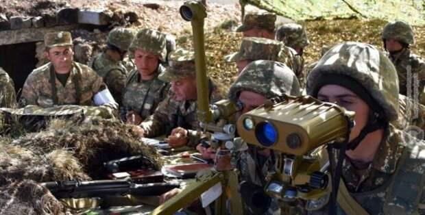 «Еще не поздно взять в мешок армию Азербайджана»: генерал оценил обстановку в Карабахе