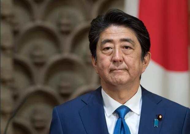 Премьер-министр Японии намерен пересмотреть стратегию переговоров с Россией