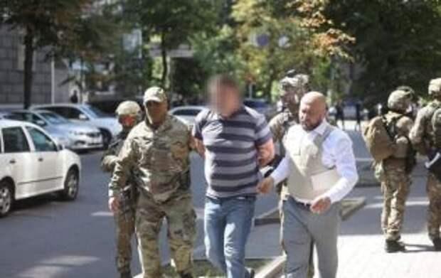 Ветеран АТО угрожал взорвать Кабмин. На завтра назначен суд