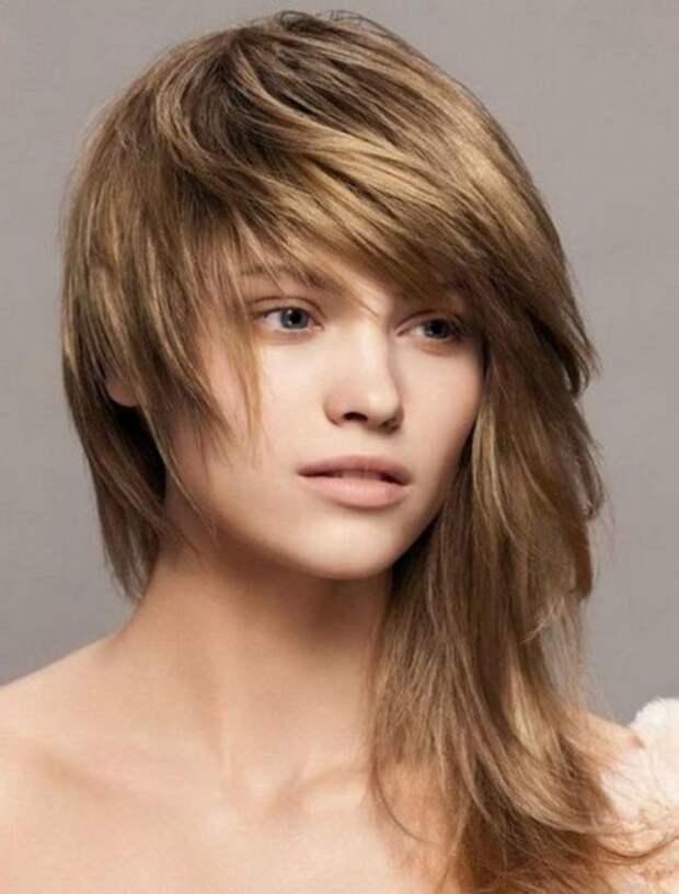 стрижка аврора на волосах средней длины