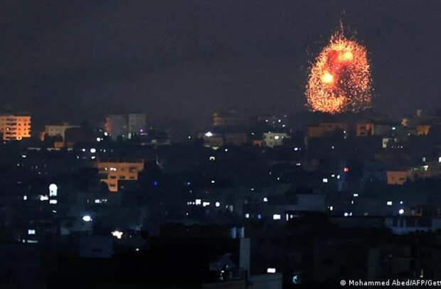 Армия Израиля атаковала сектор Газа наземными подразделениями