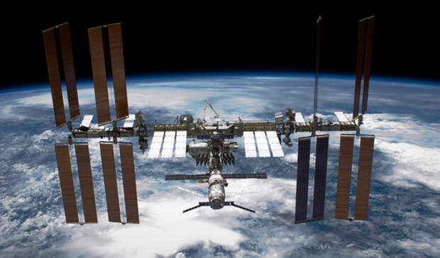 Российский сегмент МКС будет сохранен после 2025 года