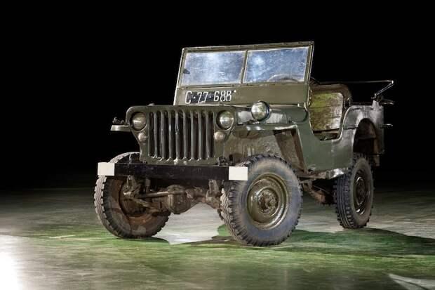 Автомобиль повышенной проходимости Willys MB (1942-1945), США.jpg