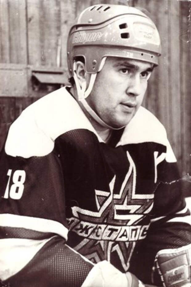 Прощание с легендой ижевского хоккея Сергеем Абрамовым пройдет в воскресенье