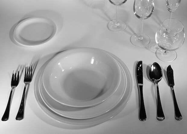 Как проследить за правильной сервировкой стола и организовать праздник