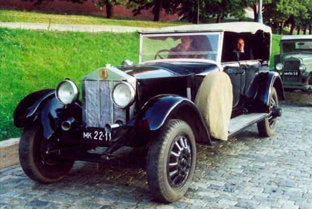 Легковой автомобиль Rolls-Royce (1912), Великобритания.jpg