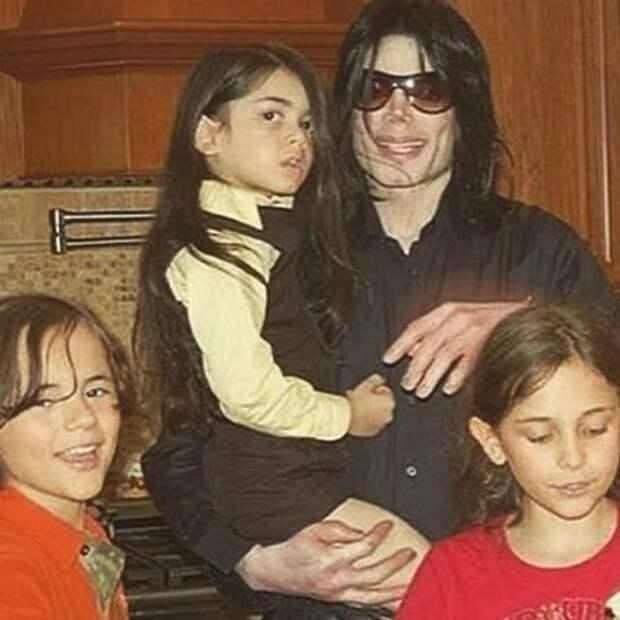 """Старший сын Майкла Джексона дал редкое интервью об отце: """"Люди любили его"""""""