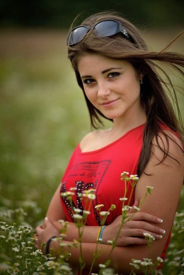 Красивые девушки в большой подборке фотографий