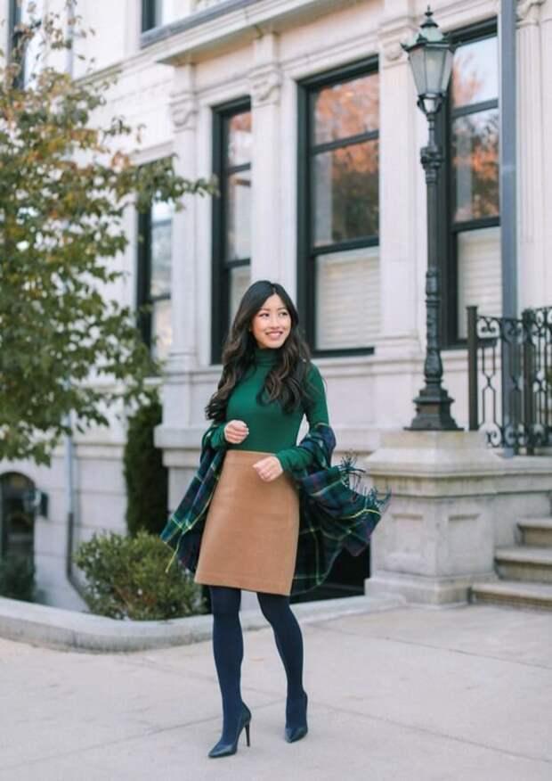 Модный эксперт рассказал, когда колготки подходят к образу, а когда – фиаско стиля