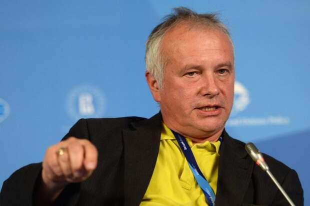 Политолог Рар рассказал об истинной реакции ЕС на выпады Чехии в адрес РФ