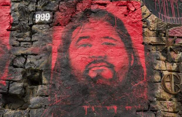 Секу Асахара приговорен, но ложь его жива.