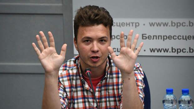 Протасевич опроверг сообщения о его избиении в СИЗО