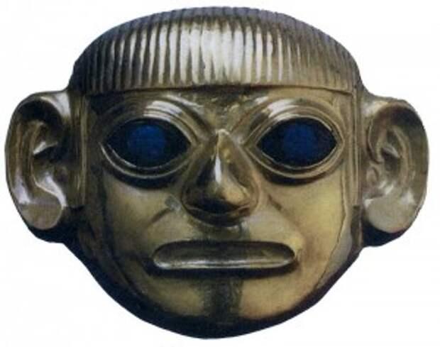 Золотая голова вождя мачу из гробницы в Сипане, глаза сделаны из лазурита