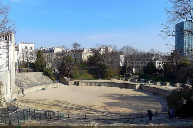 Панорама руин, Париж. \ Фото: sortiraparis.com.
