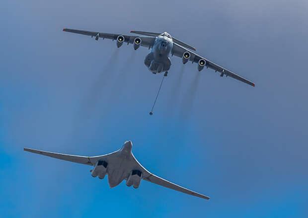 ВКС провели шестую авиационную тренировку военного парада над подмосковным Алабино