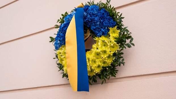 Опрос показал отношение украинцев к вступлению страны в НАТО