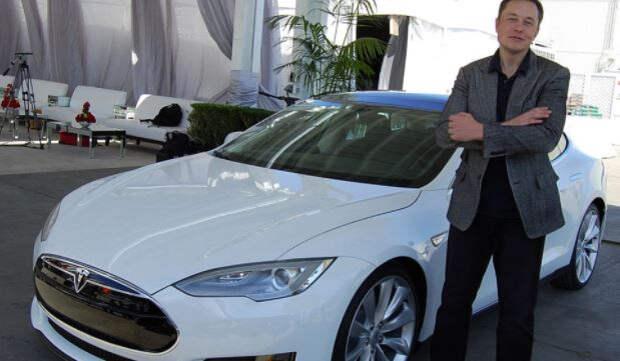 Tesla прекратила продавать электромобили за биткоины