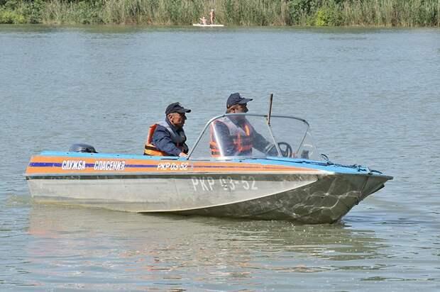 За неделю спасатели Краснодара дважды вытаскивали детей из водоемов