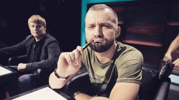 Комик Руслан Белый заступился за футболистов: «Почему они должны быть умными?!»