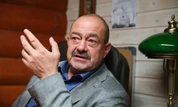 «Не Ахеджаковой единой…», — еще один «кающийся» представитель российского бомонда