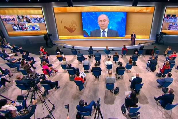 """Путин заверил, что """"мусорная реформа"""" в России идет по плану"""