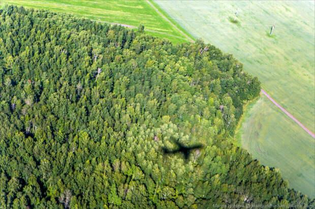Увидеть такие надписи можно только с фотографий спутника или во время полета на самолете / Фото: fotografersha.livejournal.com