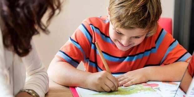 Соблюдение мер профилактики коронавируса обеспечат в школах СЗАО с 1 сентября. Фото: mos.ru