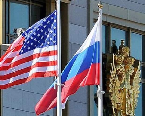 «Что заслужили — то и получили»: Россия отказала американскому сенатору в визе из-за «черного списка»
