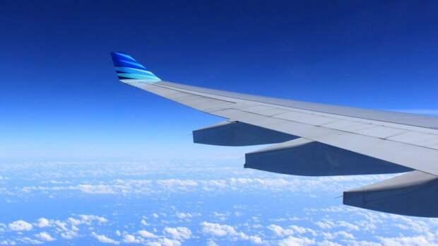 Пассажирский самолет экстренно приземлился в Краснодаре по пути в Минск