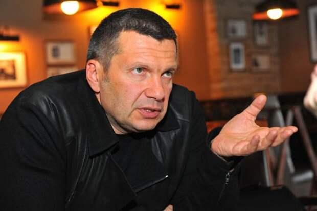Соловьев жестко осадил Чубайса: «Счётной палате ответит?»