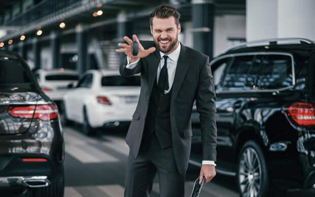 Кроссовер для офисного карьериста — нашли лучшие варианты