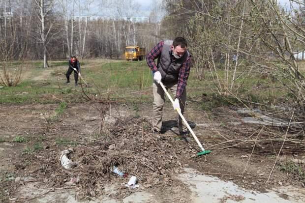 Общегородской субботник прошел в Иркутске 15 мая