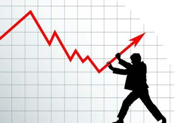 """""""Эффект качелей"""" - рост ВВП РФ в 2021 году может составить 3,5%"""
