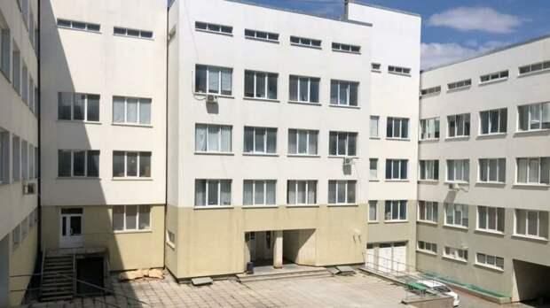 Минстрой РК проверил Судакскую городскую больницу