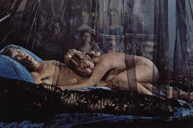 Дэвид Духовны, Сильвестр Сталлоне идругие звезды, снимавшиеся впорно иэротике
