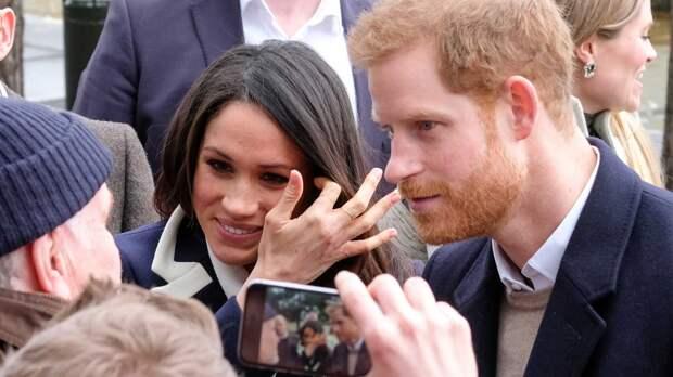 """""""Совершенно разные миры"""": принц Гарри рассказал об ошибочных представлениях Меган о королевской семье"""