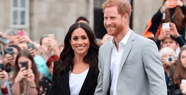 Гарри и Меган вернутся в Британию по просьбе королевы