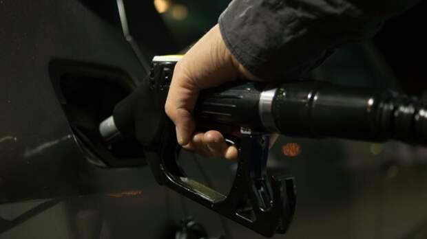 Действительно ли добавление сахара в бензобак автомобиля вызывает взрыв двигателя?
