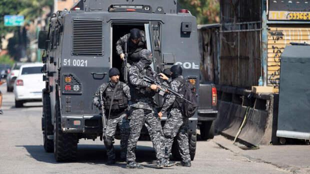 25 погибших: в Бразилии ОПГ «Красная команда» вступила в бой с полицией