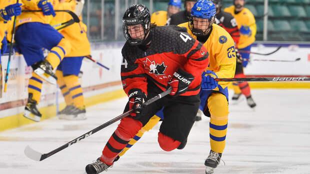 Канада разгромила Швецию ивышла вфинал юниорского чемпионата мира
