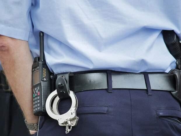 Полицейские Лефортова ищут подозреваемого в мошенничестве