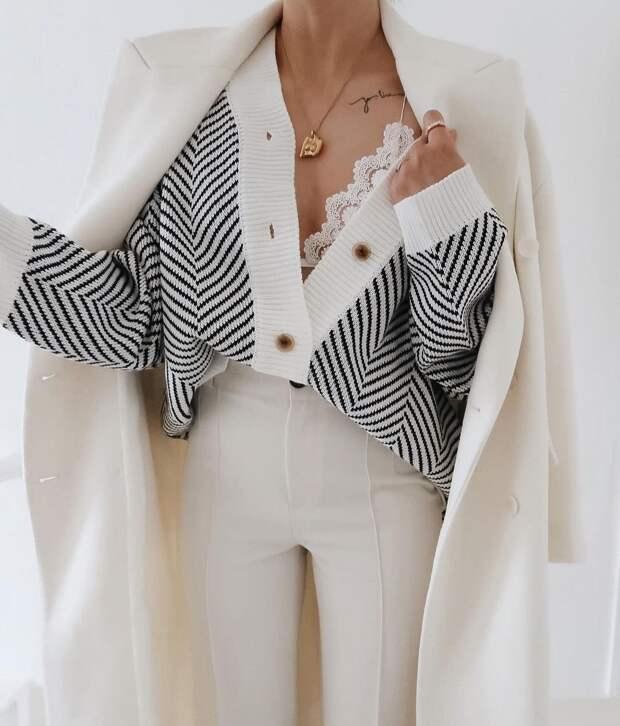 16 шикарных примеров как стильно носить белые джинсы и брюки весной