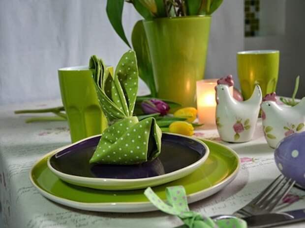 Оригинальные идеи сервировки стола с помощью бумажных салфеток и оригами